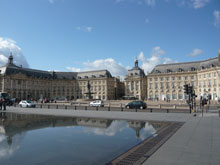 the place de la bourse in the centre of bordeaux2